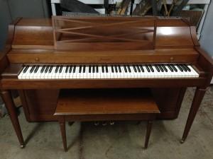 1960 Acrosonic $995